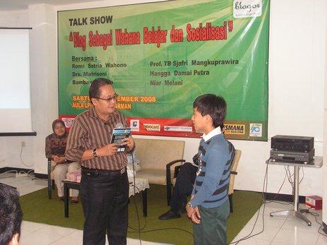 Talkshow Bloggor bersama Prof.Sjafri